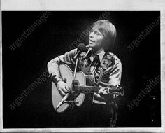 1976 John Denver Paradise Aspen CONCERT Press Photo