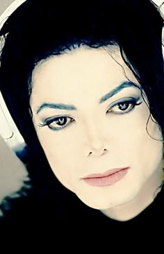 Scream - Michael Jackson (Album: HIStory - Past, Present and Future Book I / 1995)