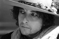 Flores del Fango: Fotos de Bob Dylan en su gira Rolling Thunder Revue de 1975 por Ken Regan