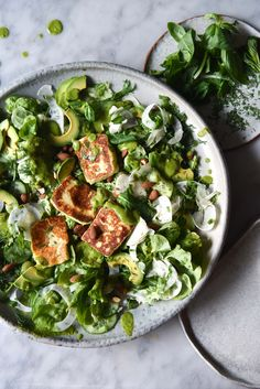 Green haloumi salad with toasted almonds and dairy free pesto – Georgeats - Salat Ideen Healthy Side Dishes, Side Dish Recipes, Veggie Recipes, Real Food Recipes, Salad Recipes, Healthy Recipes, Savoury Recipes, Veggie Food, Potato Recipes