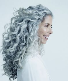 The Infinity Low Do, It's difficult to understand where this stunning hairdo begins and where it ends. This hairstyle is ideal for a wedding event or a official dinner. Make certain your hair is not freshly washed so the coiffure holds perfectly! Grey Curly Hair, Long Gray Hair, Grey Hair Don't Care, Silver Grey Hair, Curly Hair Styles, Natural Hair Styles, Long Curly, Gray Hair Women, Grey Hair Natural