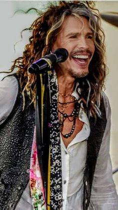 Steven Tylor, Liv Tyler 90s, Steven Tyler Aerosmith, Joe Perry, Total Recall, Phil Collins, Heavy Metal Bands, Glam Rock, Great Bands