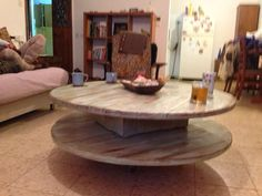 Rewound table made entirely from recycled wooden pallets.