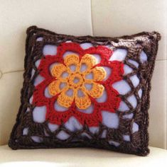 Hatsukoi Pillow with Granny Flower Square. Pinned 6/26/13 ☀CQ #crochet Thanks for sharing! ¯\_(ツ)_/¯