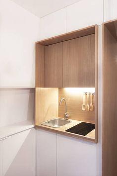 BatiikStudio – maid's room – -studio – paris Source by emiliebardet Appartement Design Studio, Studio Apartment Design, Micro Kitchen, Hidden Kitchen, Micro Apartment, Apartment Interior, Tiny Spaces, Small Apartments, Office Interior Design