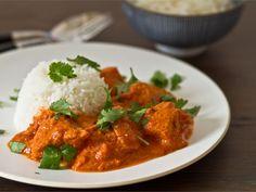 Tikka masala on yksi rakastetuimpia ja tunnetuimpia intialaisia ruokia. Tikka masala on helppo valmistaa kotonakin.