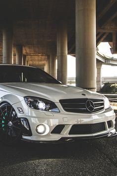 Mercedes black rims sports package