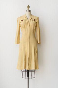 vintage 1940s yellow rayon day dress