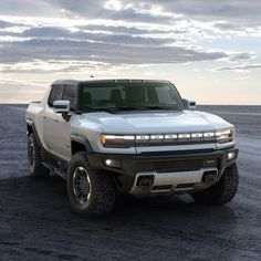 Electric Truck, Sierra Denali, Car Gadgets, Luxury Cars, Luxury Vehicle, Four Wheel Drive, Transportation Design, Hummer, Diesel Engine