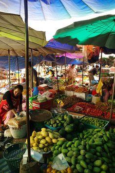 Market in Laos Street Food Market, Laos Food, Colani, World Street, Traditional Market, Vientiane, Vietnam, Farmers Market, Southeast Asia