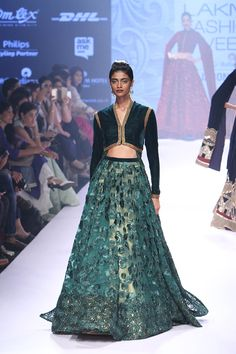 Neeta Lulla at Lakmé Fashion Week Winter/Festive 2015 | Vogue India | Cat:- Fashion Shows | Author : - Vogue.in | Type:- Article | Publish Date:- 08-31-2015