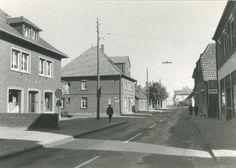 In den 50er Jahren sah die heutige Marien-Apotheke in Ostbevern so aus (Bild: Aloys Pohlmann)