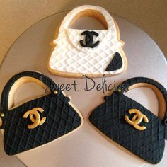 Have your Chanel and eat it too! - Chanel purse cookies