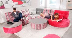 Sofá modular en gris y rosa