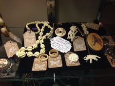 Vintage jewelry. Real ivory pieces.