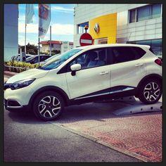 New Renault Captur www.daddario.it Automobile, Van, Vehicles, Instagram, Autos, Car, Vans, Cars, Vehicle