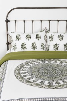 Magical Thinking Temple Medallion Sham - Set Of 2 - Urban Outfitters