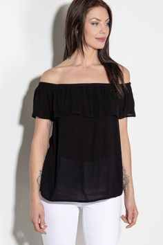 Amazing clothing for every woman that aims to inspire confidence through fashion. Cool Outfits, Fashion Outfits, Long Shorts, Lace Tank, Beautiful Moments, Fashion Company, Casual Tops, Country Style, Dress To Impress