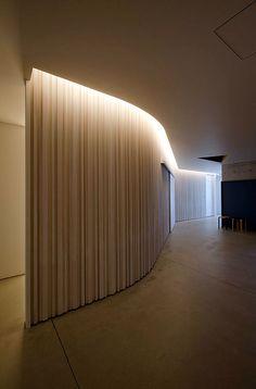 "Elementary School Gymnasium ""Taishi no Mori"" - Akira Sakamoto Architect & Associates"