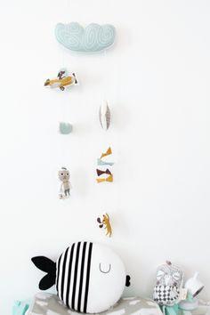 chambre-enfant-scandinave-noir-et-blanc-2280