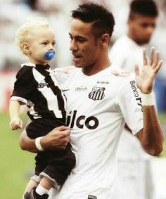 Neymar Jr with his son Santos FC Football Is Life, Football Soccer, Football Players, Neymar Jr, Fifa, Brazilian Soccer Players, Bae, Most Popular Sports, Fc Barcelona