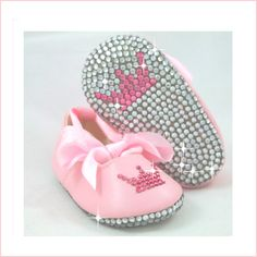Bling Baby Ballet Slippers--Hope they come in purple :) Baby Doll Shoes, Baby Ballet, Gender Reveal Party Decorations, Baby Bling, Princess Shoes, Bling Shoes, Baby Shower Signs, My Little Baby, Baby Time