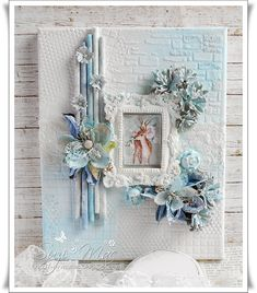 Hello my dear friends, I hope you are all having a fabulous crafty week so far! I wanted to share this Mixed Media Canvas that I . Mixed Media Techniques, Mixed Media Tutorials, Mixed Media Cards Ideas, Christmas Mix, Christmas Canvas, Altered Canvas, Altered Art, Mix Media, Mixed Media Collage