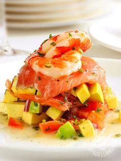 BBQ salmon skewers with crunchy slaw recipe Salmon And Shrimp, Salmon With Avocado Salsa, Roasted Salmon, Smoked Salmon, Slaw Recipes, Salmon Recipes, Seafood Recipes, Healthy Recipes, Seafood Dishes