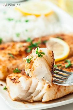 Easy Lemon Butter Fish in 15 Minutes This salt baked fish recipe is fish crusted in salt and slid in the oven and baked until moist and tender and perfect. easy lemon b. Fish Dishes, Seafood Dishes, Fish And Seafood, Seafood Recipes, Dinner Recipes, Cooking Recipes, Grilled Fish Recipes, Tilipa Recipes, Drink Recipes