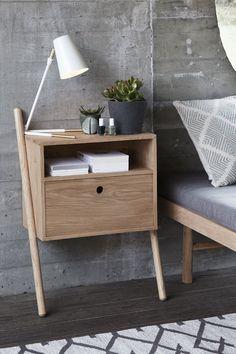 Kommode med skuffe - Sengebord - Egetræ - Hübsch Interiør