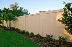 Die 14 Besten Bilder Von Betonzaun Garden Fencing Gate Und Decks