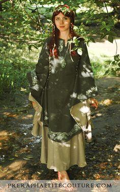 Medieval Irish Dress