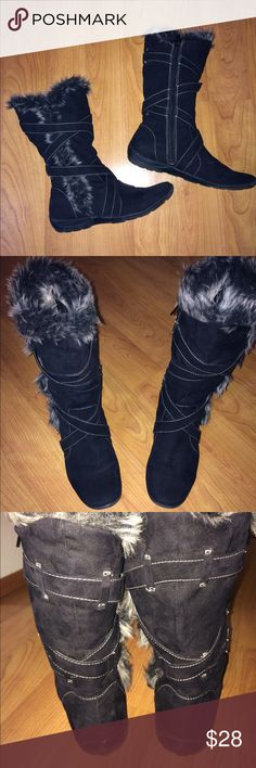Naturalizer Black zip-up boots! Faux fur. Beautiful, sexy AND comfortable!! Could take a run in these. 😊 by Natural Sole made by Naturalizer black zip up boots with Faux fur inside. Size 8M excellent condition. Naturalizer Shoes Winter & Rain Boots