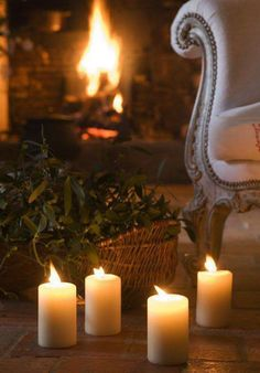 Weihnachten im Loiretal – Winter House Christmas Time, Merry Christmas, Xmas, Christmas Candles, White Christmas, Candle Lanterns, Pillar Candles, Wax Candles, White Candles