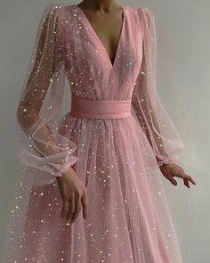 Pretty Prom Dresses, Elegant Dresses, Cute Dresses, Beautiful Dresses, Pink Prom Dresses, Royal Blue Dresses, Sweet 16 Dresses, Tulle Prom Dress, Grad Dresses