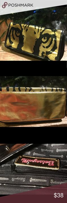 Betsey Johnson Tiger eyes Clutch Brand new, Rarely used. Excellent condition!! Super cute! One pocket inside!! Betsey Johnson Bags Clutches & Wristlets