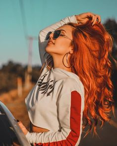 In 2013 I dyed my red hair for the first time I had … – Photography World Portrait Photography Poses, Photography Poses Women, Tumblr Photography, Weegee Photography, Teen Girl Photography, Photography Gifts, Photography Lighting, Modern Photography, Phone Photography