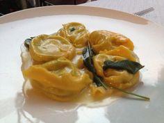 Tortelloni ricotta e spinaci. #modena