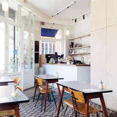 25 Insanely Cute Cafés We Could Totally Live In #refinery29  http://www.refinery29.com/coffee-shop-decor#slide-5  The Broken Arm, Paris, FranceA distinctly Scandinavian aesthetic infuses this Parisian spot, to winning effect.