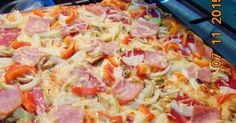 Domowa pizza. 40x40 Kielbasa, Aga, Hawaiian Pizza, Food And Drink, Dinners, Diet, Dinner Parties, Food Dinners, Dinner