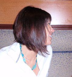 medium hair cut:  I LOVE THE ANGLE