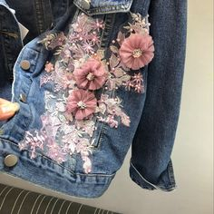 Spring Autumn Jeans Jacket Coat Woman New Heavy Stereo Pink Flower Embroidered Hole Denim Jackets Student Basic Coats Barbie Mode, Fall Jeans, Ripped Jeans, Denim Ideas, Denim Crafts, Denim And Lace, Pink Denim Jacket, Jacket Jeans, Mode Outfits