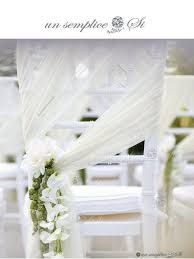 Bilderesultat for chiavari chairs with sash Wedding Chair Decorations, Wedding Chairs, Decor Wedding, Wedding Table, Long Chair, Pregnant Wedding Dress, Maternity Wedding, Wedding Sash, Wedding Venues