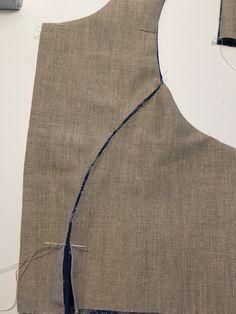 Det vanskeligste først – En bunad blir til Tandoori Masala, Sewing Techniques, Pattern Fashion, Sewing Tutorials, Blouse Designs, Apron, Hair Beauty, Vest, Costumes