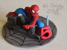 SPIDERMAN CAKE TOPPER — Children's Birthday Cakes