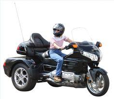 Harley 3 Wheel Motorcycle | Three-wheeled Honda Goldwing with windscreen