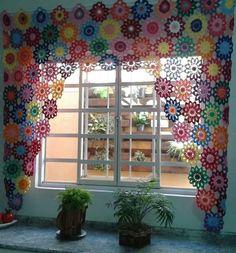 Crochet Flowers Curtain 25 Ideas For 2019 Crochet Curtain Pattern, Crochet Table Runner Pattern, Crochet Curtains, Curtain Patterns, Lace Curtains, Crochet Flower Patterns, Crochet Doilies, Crochet Flowers, Hippie Home Decor