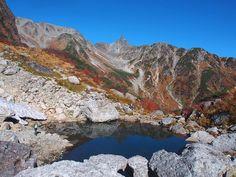 氷河公園の天狗池-槍ヶ岳(北アルプス)サブコースの登山ルート核心部の案内。Japan Alps mountain climbing route guide