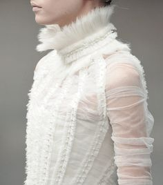 Alexander McQueen Fall/Winter 2011/12 #elizabethan beauty