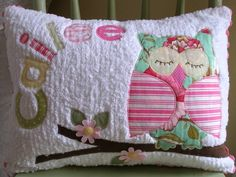 Chenille pillow- looks easy to make, but of course will have her name next to the owl! Fabric Crafts, Sewing Crafts, Sewing Projects, Chenille Crafts, Chenille Fabric, Cute Pillows, Throw Pillows, Owl Pillows, Cushions